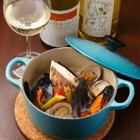 石巻産ムール貝のマリニエール 魚介類の旨味が凝縮したスープ