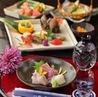 御宴会コースは御予約必須です◎四季折々の食材豊富にご提供◎