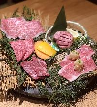 「土・日・祝日」はランチで仙台牛超熟成を楽しむ!