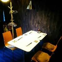 1階席のテーブル席2