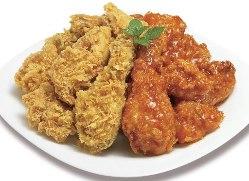 新鮮野菜に肉料理の数々が目白押し。目移りする豪華な食卓
