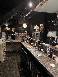 ◆カウンター席◆店長とお喋りしながら一人飲みにも