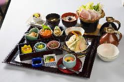 各種ご宴会にお薦めです!飲み放題込みの宴会コース4,000円~。