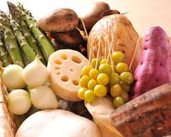 四季の食材・旬の味覚を ご堪能いただけます。