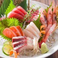 楽蔵自慢のお造り5点盛り♪新鮮なお魚を是非、御賞味下さい!!