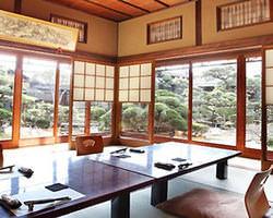 完全個室2名様~最大60名様まで。美しい日本庭園と共に。