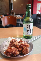 韓流ドラマで見た、あの緑の焼酎と名物料理を