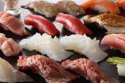 新鮮な食材を最も美味しく 食べられるこだわりのにぎり寿司。