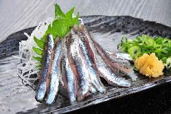 広島の名産・新鮮な「小いわしの刺身」をお召し上がりください。