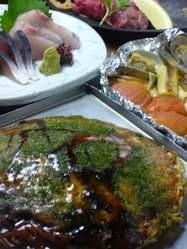 広島流お好み焼きや瀬戸内鮮魚を コース料理でも楽しめます。