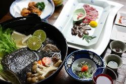 すっぽんの刺身が食べられるコース料理