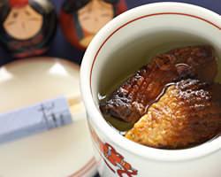 お飲み物も日本酒・焼酎を始めシャンパンなどもございます。