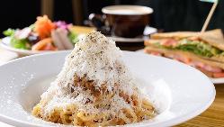 軽食ランチならサンドイッチがオススメです!新鮮野菜がたっぷり