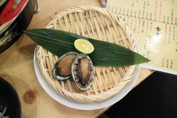 藁焼きと貝焼き職人 貝マニア