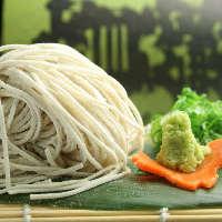 白そば(冷・温) 江戸時代から府中町に伝わる、美しい蕎麦です