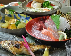 宴会コース3500円~ お一人様一皿ずつでご提供します