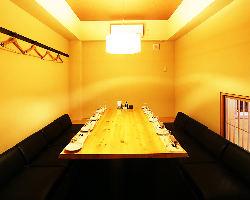贅沢な個室空間でゆったりお過ごし下さい。