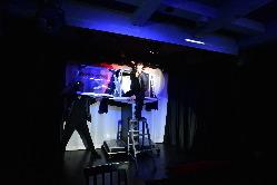 ステージで行うマジック、ジャグリング、イリュージョン