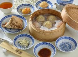 ◆豚の角煮 中華風蒸しパン添え◆