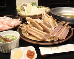 【カニ、黒豚すき鍋】 旨味たっぷり。