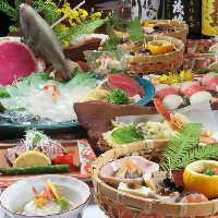 瀬戸内産の新鮮な魚介を使った豪華なお造りが付いた贅沢コース