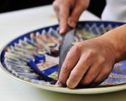 料理人の腕の見せ所 ―淡白で美味なふぐ料理―