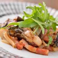 牡蠣のガーリックバターソテー 1番人気メニューです!