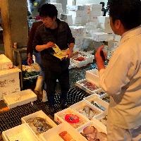 ☆店主自ら中央市場に行き目利きして旬の鮮魚を買い付け。