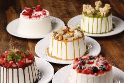 SNS映えするミニホールシフォンケーキは1番人気のメニュー!