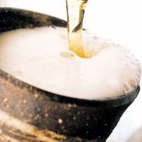陶器で注ぐ生ビール
