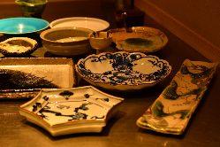 3名様~16名様まで入れる個室は、お食事会や接待に。