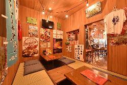 広島ならではの料理を、アットホームな空間でお楽しみください。