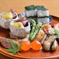 四季折々の食材を使用、季節の移ろいをお楽しみ下さい。
