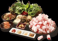 ヘルシーな韓国料理は大人気♪