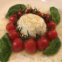 <カプレーゼ> ミニトマトとモッツァレラの定番カプレーゼ☆