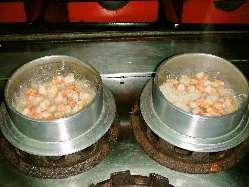 名物 釜めしは注文いただいてから炊き上げます。