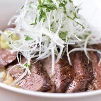 贅沢ランチに!島根県産の奥出雲和牛のステーキ丼ダブル
