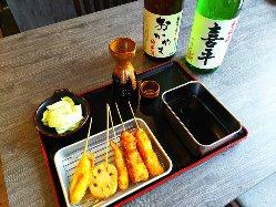 お気に入りのお酒を片手に串揚げ♪焼酎をはじめドリンクが豊富!